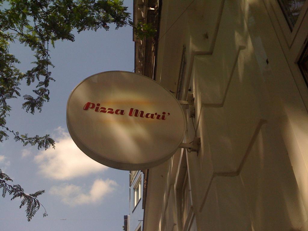 Pizza Mari' 1